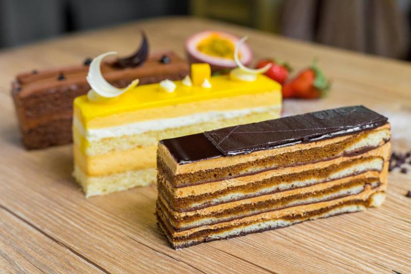 Một địa điểm bánh ngọt nổi tiếng mà bạn không thể bỏ qua khi đến Hà Nội đó chính là O'douceurs - French Pastry & Bakery.