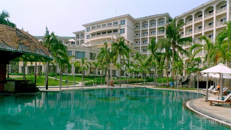 Là một trong những khu nghỉ dưỡng cao cấp bậc nhất tại Đà nẵng, Olalani còn cung cấp dịch vụ tiệc cưới tiện nghi hiện đại và sang trọng.