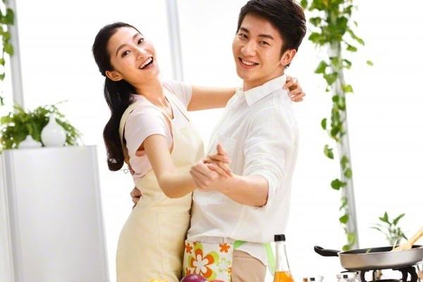 Giúp vợ việc nhà sẽ khiến vợ bạn rất hạnh phúc