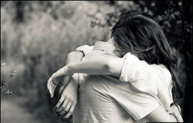 Ôm và hôn nhau
