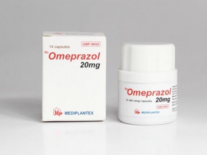 """Để điều trị những triệu chứng của bệnh """"trào ngược dạ dày"""" kịp thời tránh những biến chứng nặng hơn, bạn có thể tìm mua sản phẩm điều trị trào ngược dạ dày Omeprazol để giúp thuyên giảm phần nào những cảm giác khó chịu."""