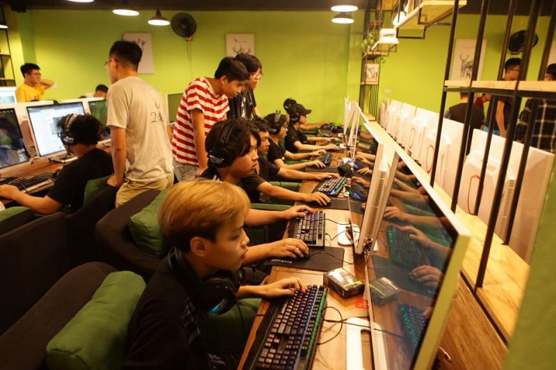 One bot gaming Thái Hà