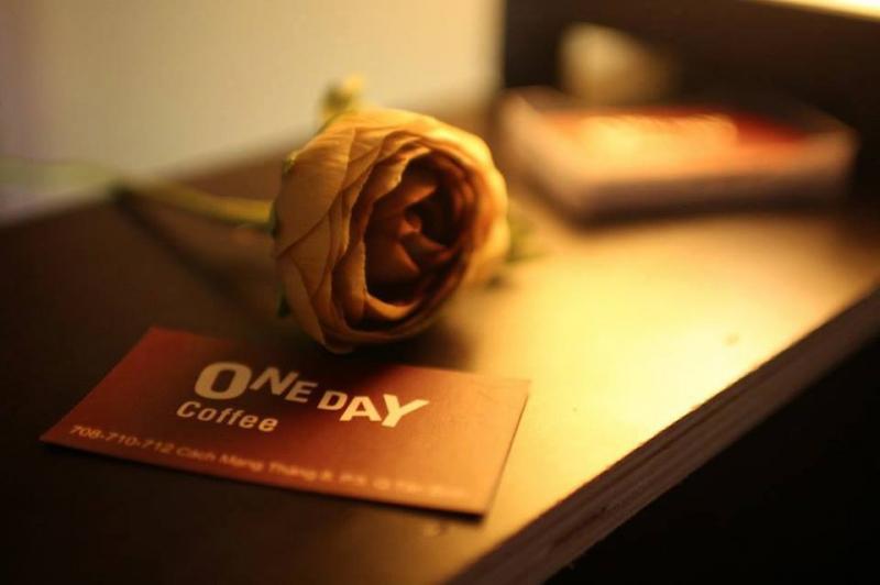 Onday Coffee được thiết kế theo phong cách nhẹ nhàng, trẻ trung và hiện đại