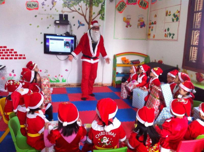 Ông Già Noel Việt