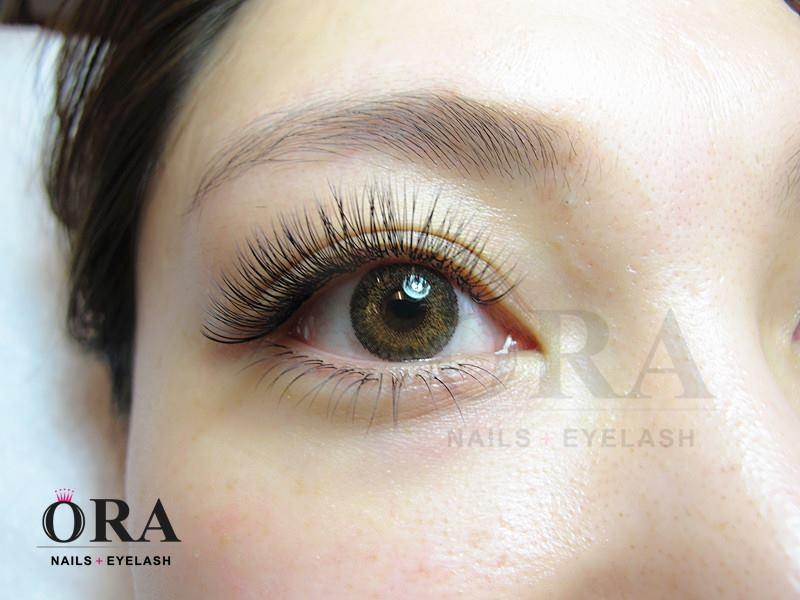 Sản phẩm nối mi ở Ora Nails Eyelash Salon (Nguồn: Sưu tầm)