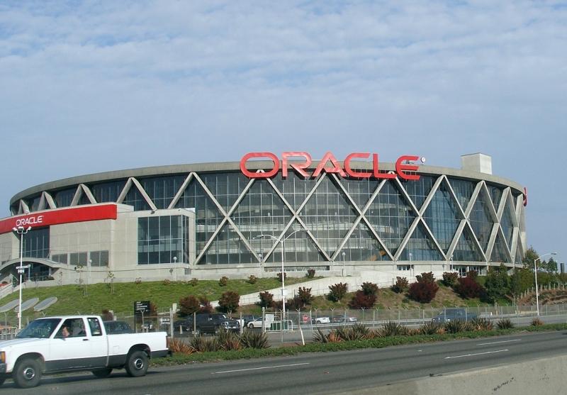 Doanh thu của Oracle là 38,8 tỷ đô la Mỹ (2015)