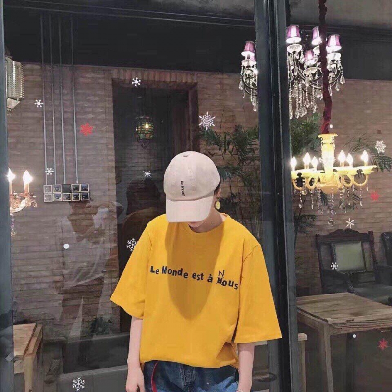 Gu thời trang năng động được ưa chuộng tại Ọt Shop