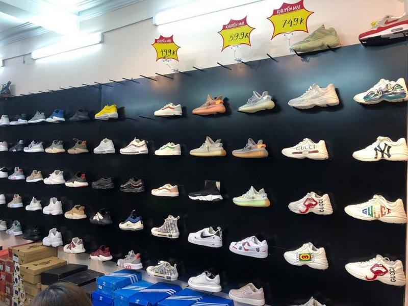 Những đôi giày hợp thời trang