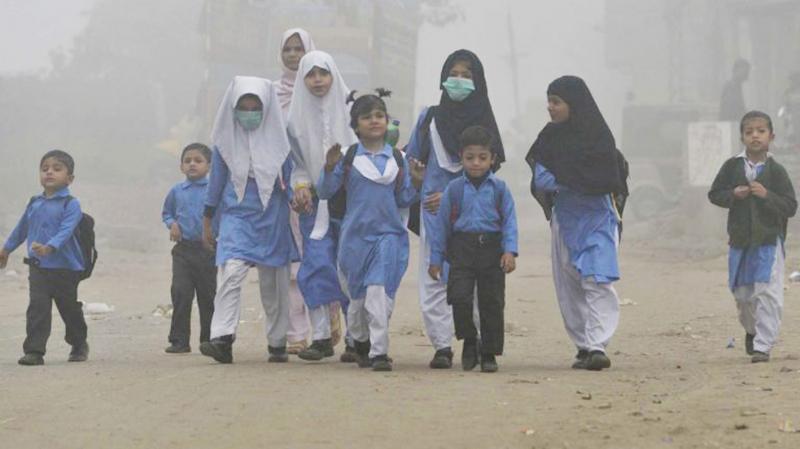 Khoảng hơn 250.000 trẻ em Pakistan tử vong mỗi năm bởi bệnh thương hàn, bệnh lỵ, dịch tả và bệnh viêm gan.