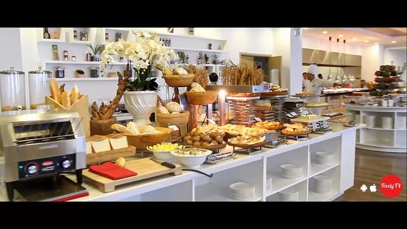 Món ăn tại Panorama Restaurant - Khách sạn Royal Lotus