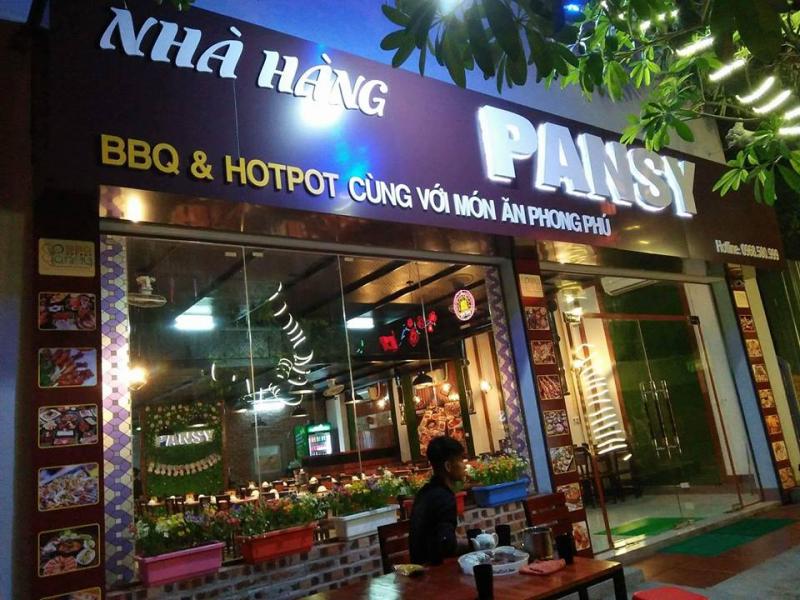 Pansy BBQ & Hotpot Việt Trì có không gian sang trọng , rộng rãi.