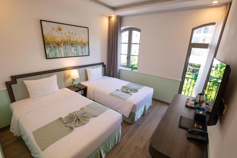 Paralia Hotel Phú Quốc