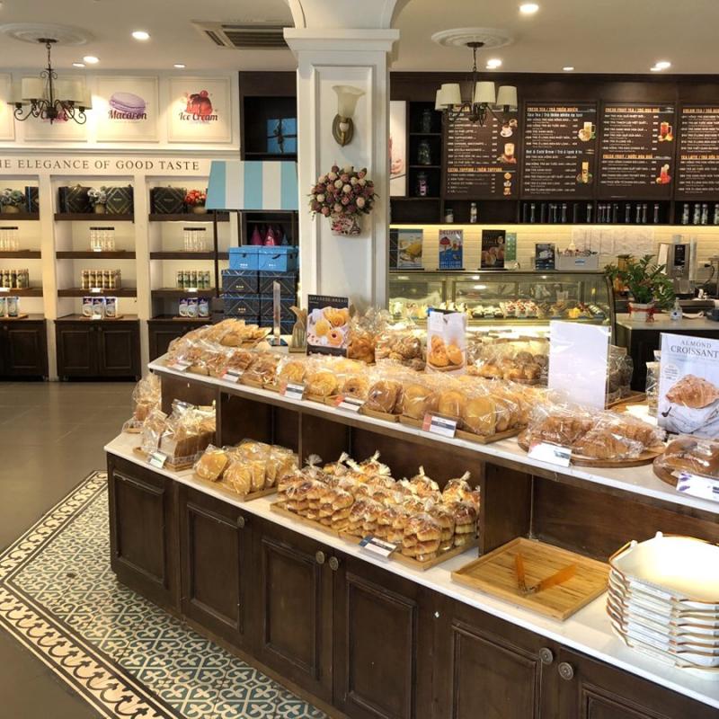 Paris Gateaux Cafe