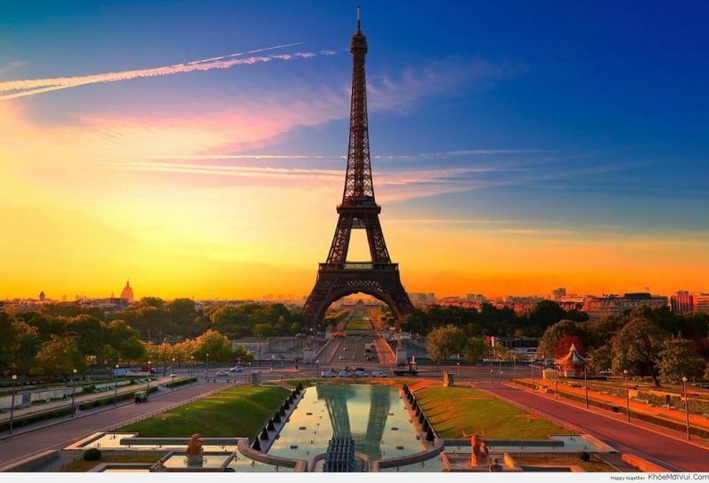 Paris là một trong ba thành phố có nền kinh tế phát triển nhanh nhất thế giới