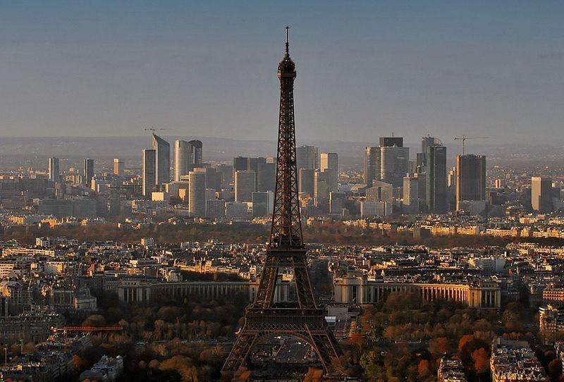 Paris từ góc nhìn trên cao.