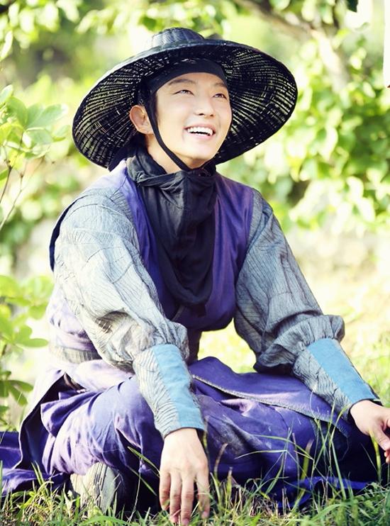 Park Yoon Kang - Phát súng hận thù (2014)