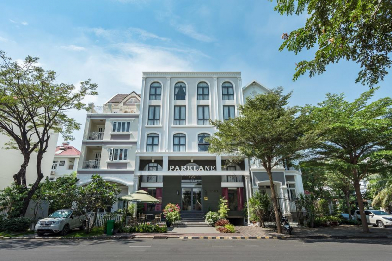 Parklane Hotel Saigon South