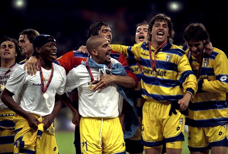 Thế hệ vàng của Parma vô địch năm 1999