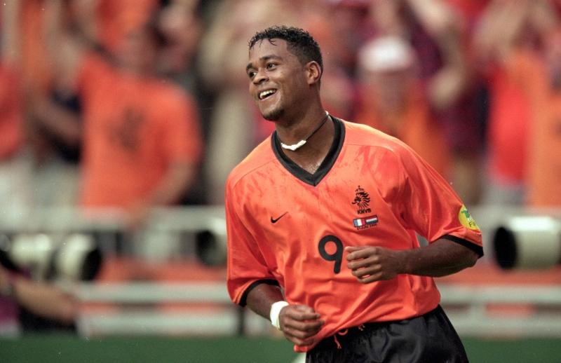 Kluivert ghi 5 bàn thắng tại Euro 2000