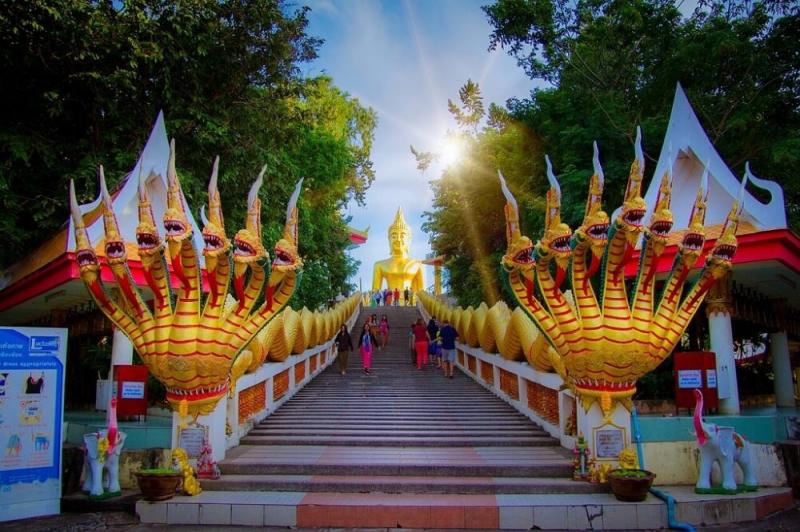 Tượng phật ở Pattaya (Thái Lan)