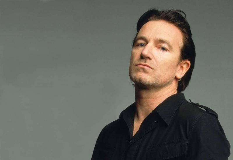 Paul David Hewson, nghệ danh Bono là trưởng nhóm nhạc Rock U2