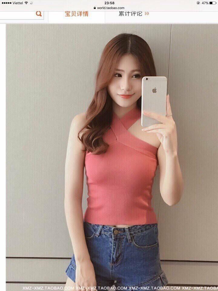 Áo len cổ yếm V (hình ảnh được lấy từ fanpage của shop)
