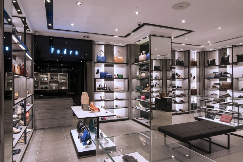 Pedro Store cũng là nơi để bạn thỏa sức mua sắm mẫu túi xách chất với một giá thành hợp lý
