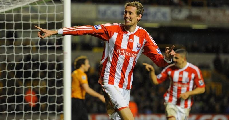 Peter Crouch vẫn ra sân đều đặn trong màu áo Stoke City