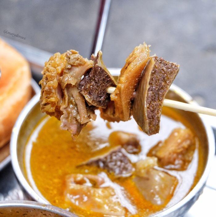 Phá lấu một món ăn vặt gốc Hoa được người Sài Gòn ưa chuộng