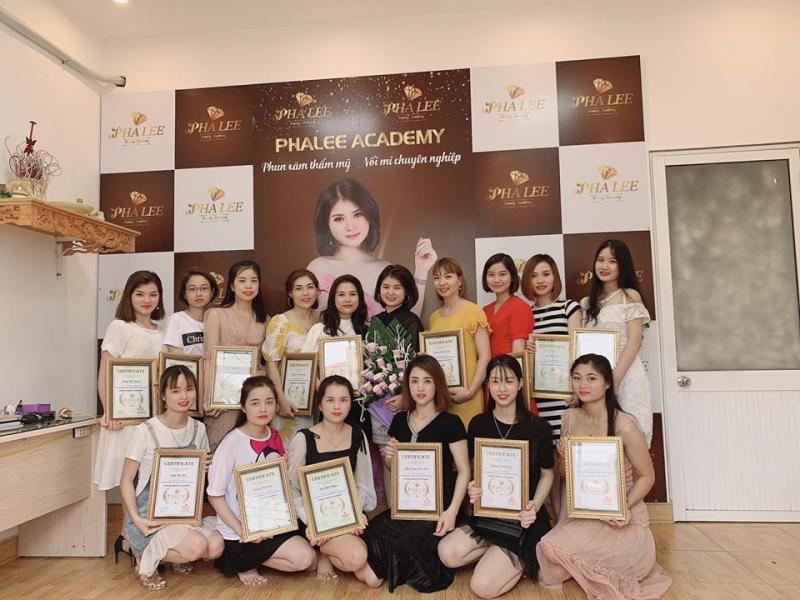 Pha Lee Beauty