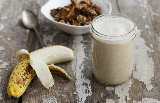 Có thể ăn thêm chuối và uống sữa với lượng phù hợp trong quá trình tập.