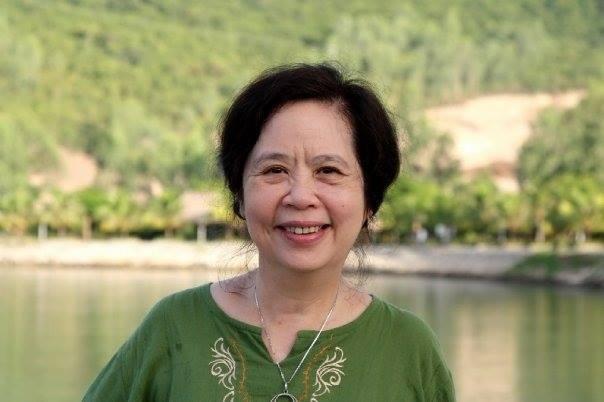 Cô Phạm Chi Mai có kinh nghiệm 40 năm giảng dạy cùng các trải nghiệm tại đại học sư phạm ngoại ngữ Hà Nội và nước ngoài