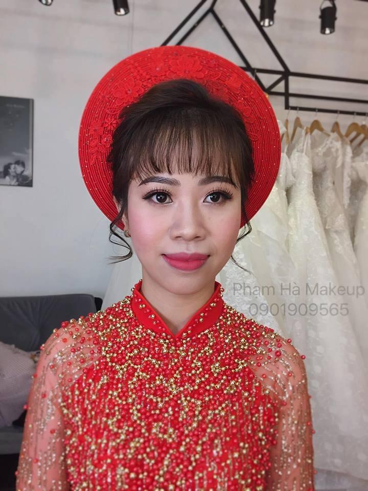 Phạm Hà Make Up