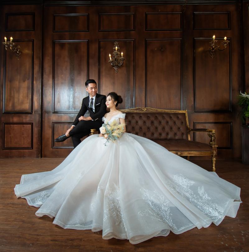 Bức ảnh cưới đẹp lung linhh, lạ mắt ở Studio