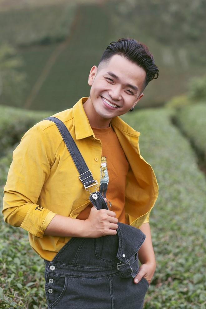 Ca sĩ Phạm Hồng Phước