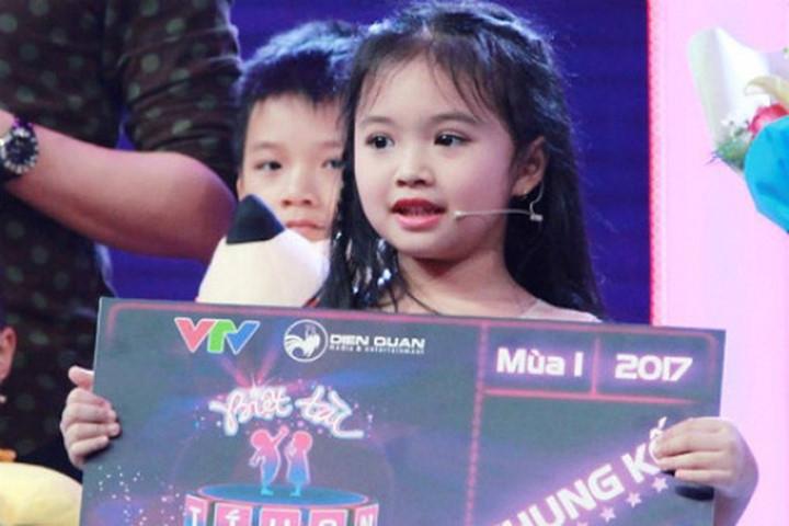 Minh Khánh nhận tấm vé vào chung kết chương trình