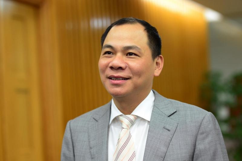 Đi lên từ hai bàn tay trắng, hiện nay, Phạm Nhật Vượng trở thành ông chủ của Tập đoàn Vingroup
