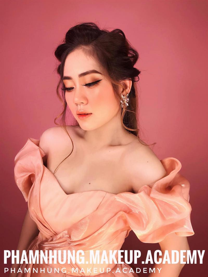 Phạm Nhung Bridal & Academy