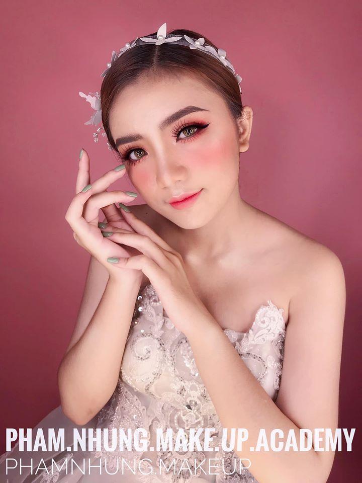 Phạm Nhung Bridal & Make Up Academy