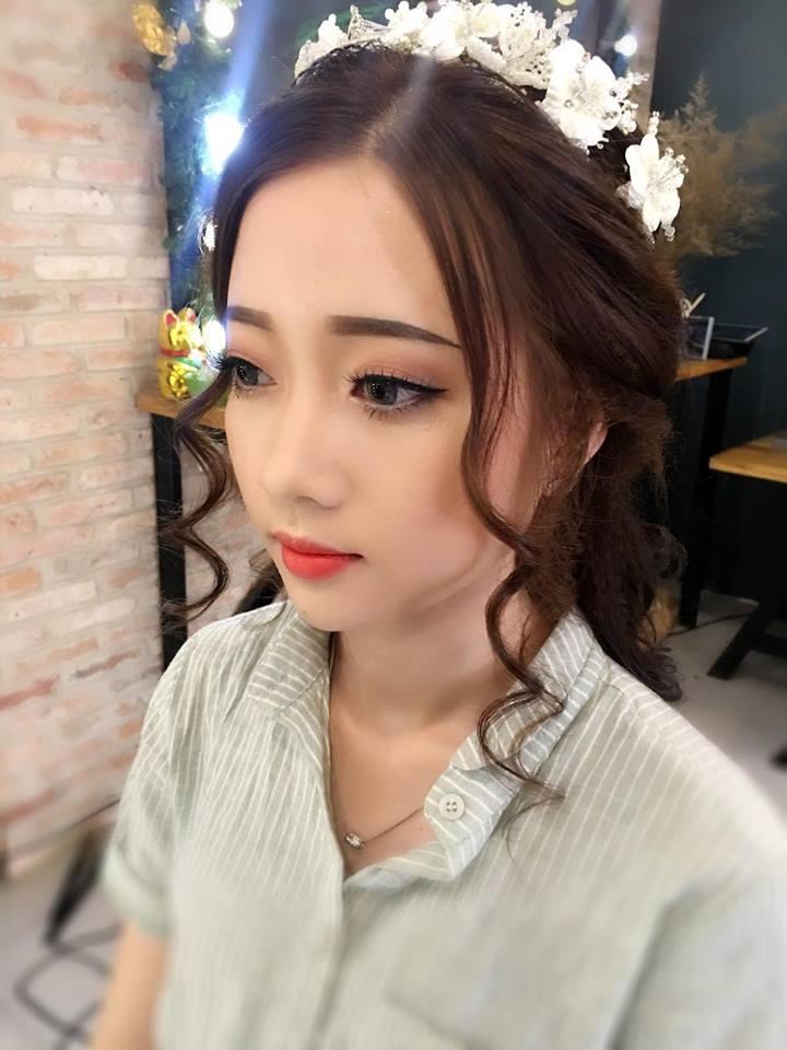 Pham Niem Make Up