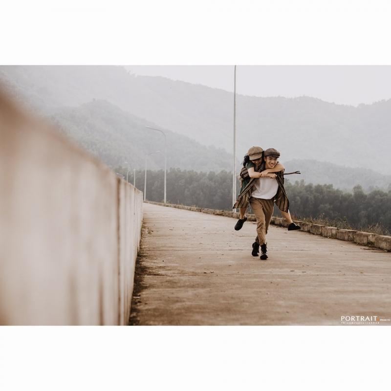 Ngoài ra, trong vòng 2 năm trở lại đây, Photograper Phạm Vũ cũng nhận chụp ảnh couple với rất nhiều bộ ảnh đẹp được các cặp đôi yêu thích