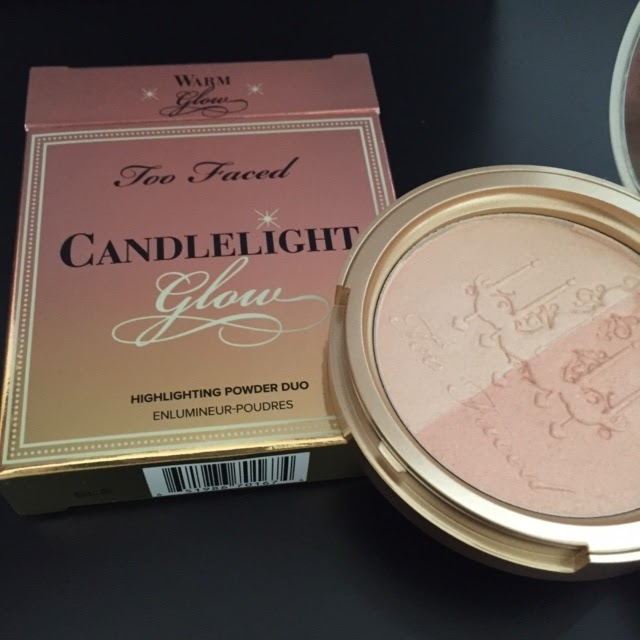 Phấn highlighter Too Faced Candlelight Glow