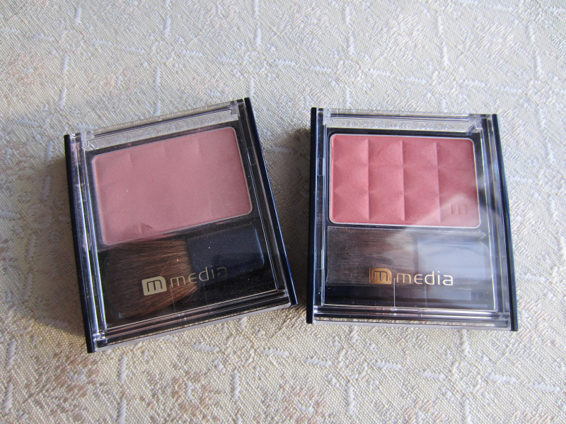 Phấn má hồng Kanebo Media Bright Up Cheek