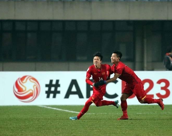 Người hùng Phan Văn Đức với khoảnh khắc vỡ òa cảm xúc sau pha dứt điểm kinh điển vào lưới U23 Iraq