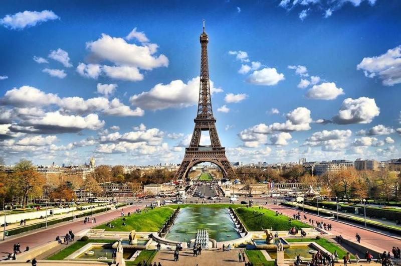 Pháp là quốc gia thu hút nhiều khách du lịch nhất thế giới