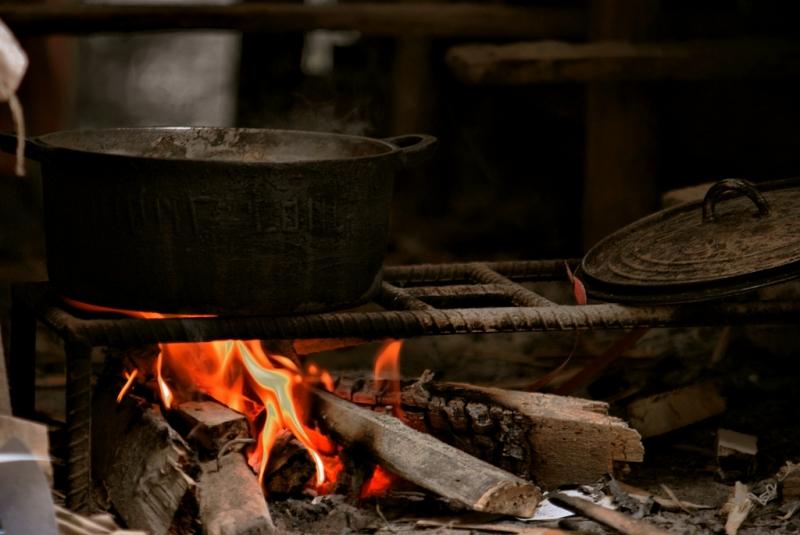 Bạn cũng nên lưu ý về vị trí đặt bếp lửa