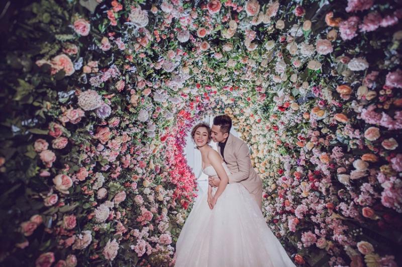 Phim Trường Galaxy Đà Nẵng sẽ là lựa chọn hoàn hảo cho các cặp đôi muôn sở hữu 1 album hình cưới lung linh với chi phí tiết kiệm nhất.