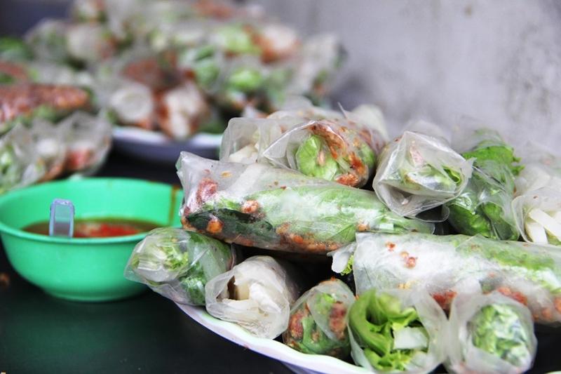 Phố ăn vặt An Dương Vương – Quận 5