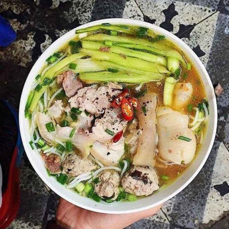 Phở Bò, Gà & Bún Dọc Mùng - Vương Thừa Vũ