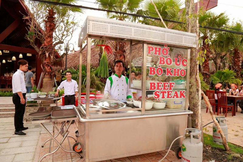 Phở bò Úc, nhà hàng ẩm thực Quang Trung